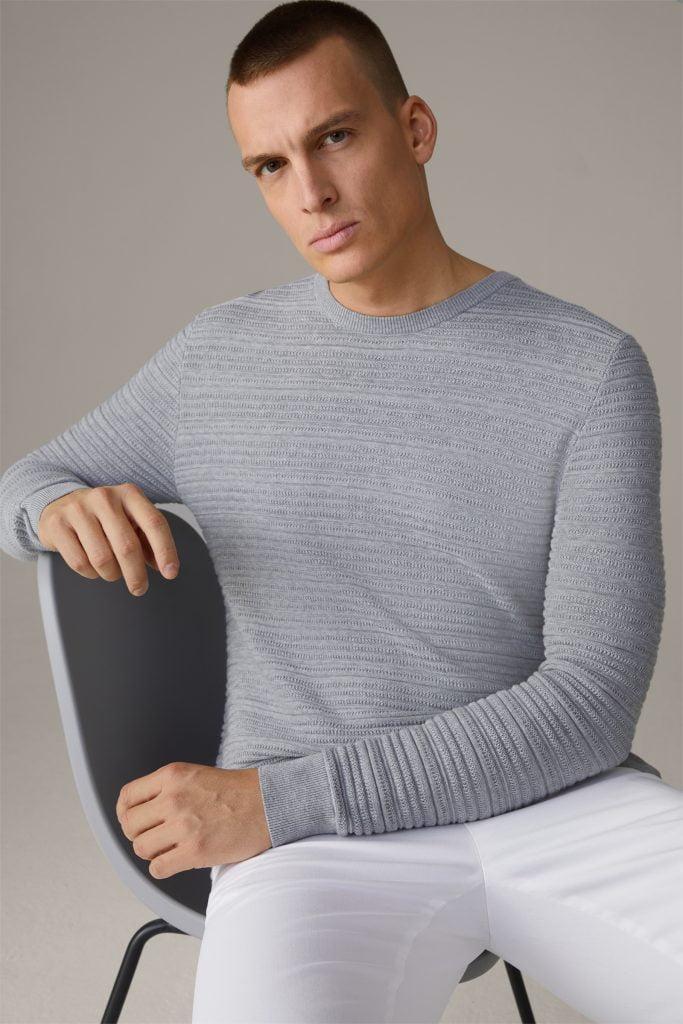 Gebreide trui Aron met zijde, middengrijs uit de Strellson zomer collectie
