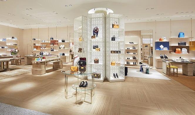 Entrance van de nieuwe Louis Vuitton-boetiek in Rotterdam