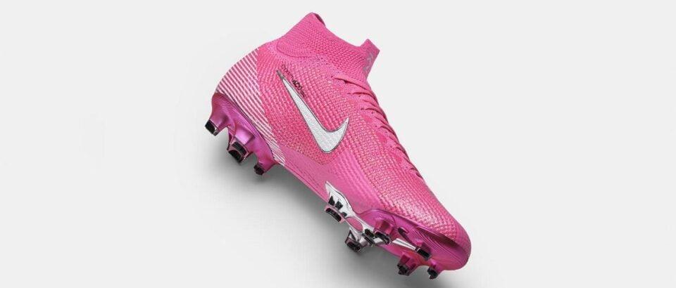 Kylian Mbappé zijn droom komt uit met de Nike Mercurial Superfly Rosa