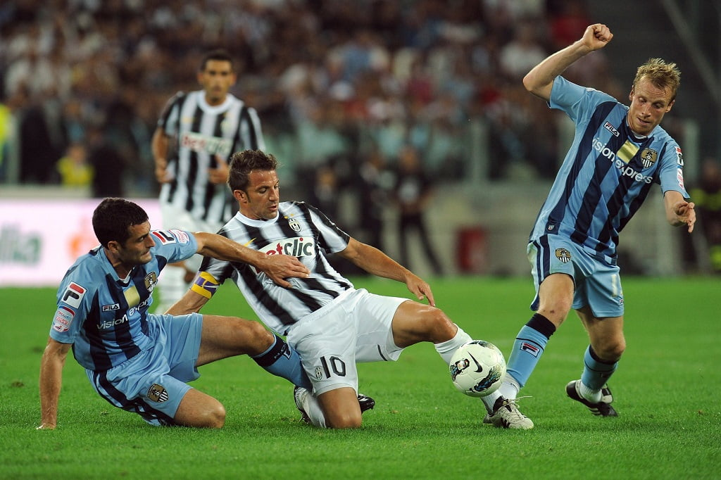 Del Piero in actie tijdens de openingswedstrijd tegen Notts County