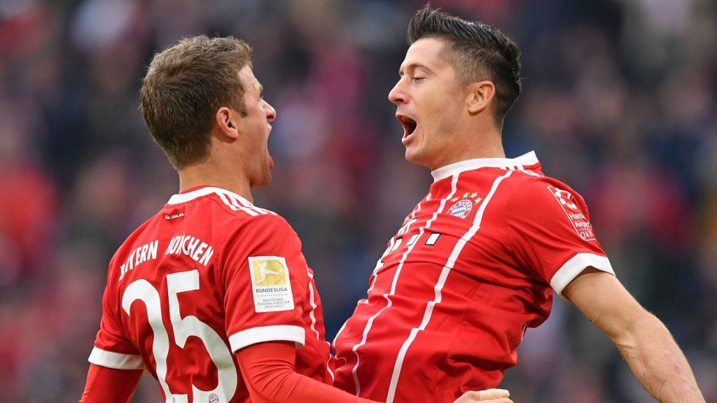Müller en Lewandowski hebben samen met Manuel Neuer de hoogste salarissen van de Bundesliga
