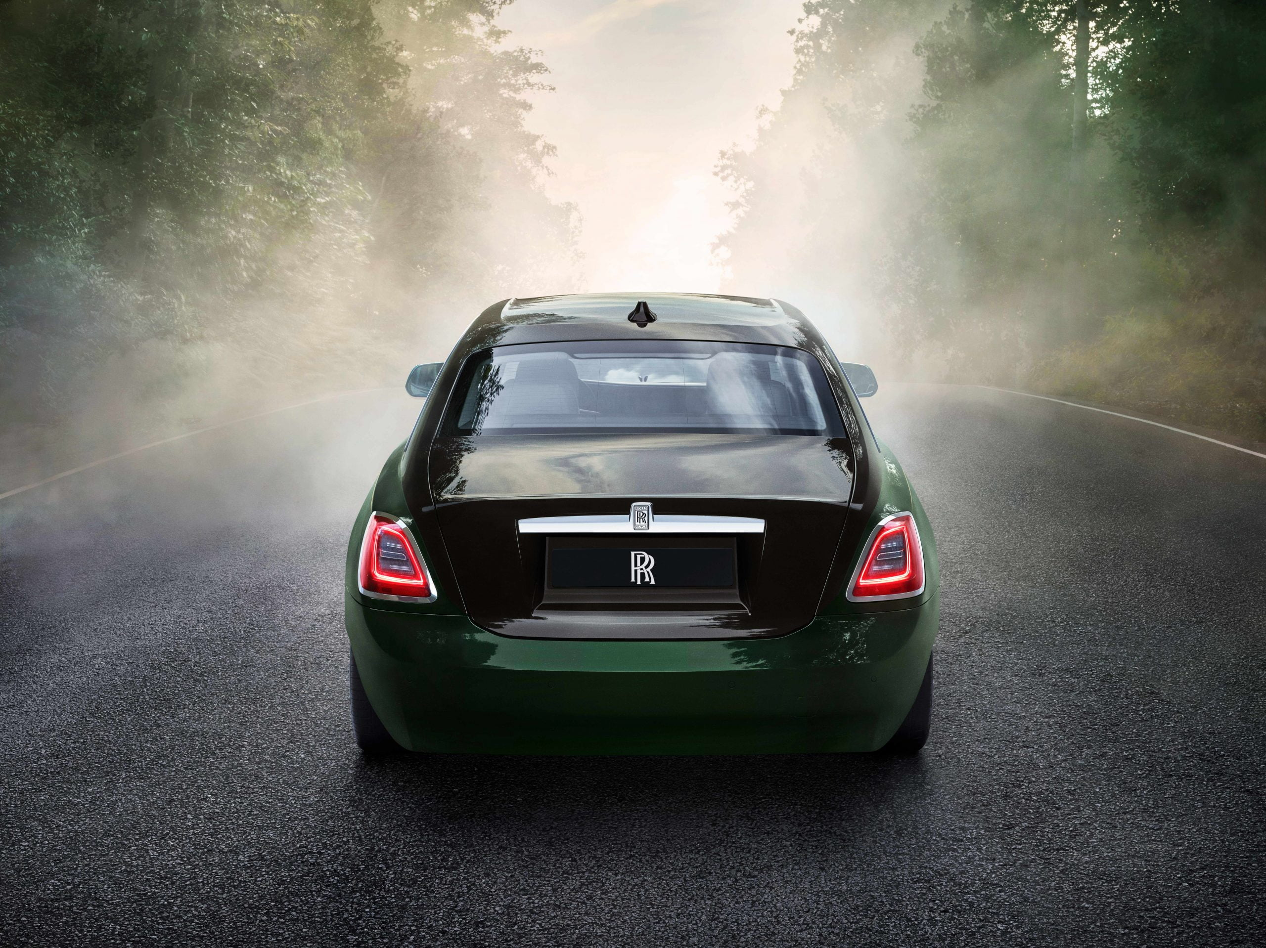 De nieuwe achterkant van de Rolls-Royce