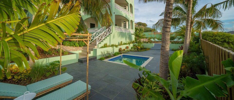 Rust nu uit tijdens een welverdiende vakantie bij The Ambassador op Curacao