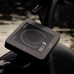 De Unu e-scooter is uitgerust met een elektronisch bedieningspaneel